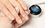 Услуга по укреплению ногтей в салоне красоты