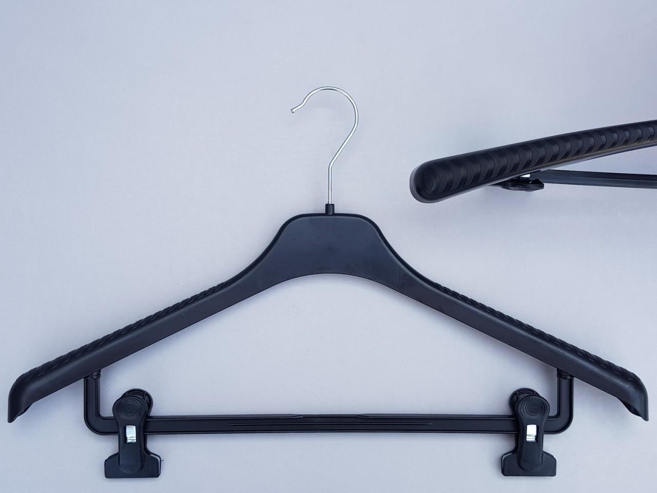 Длина 46 см. Плечики вешалки пластмассовые V-Tz46 черные