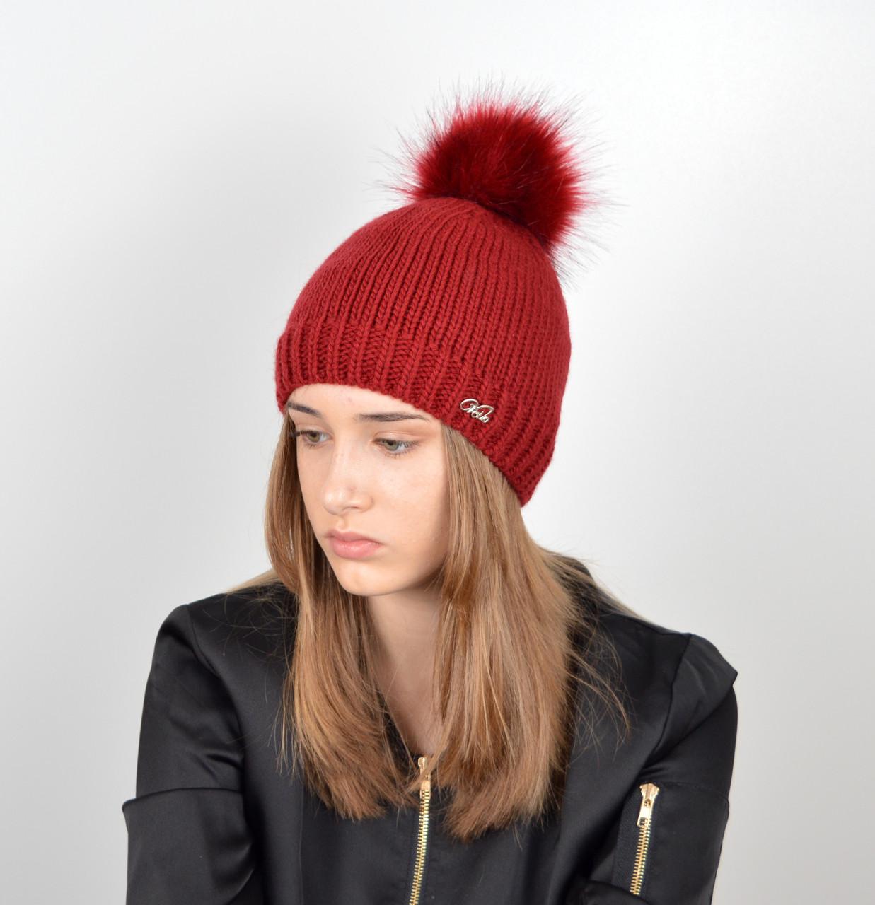 Женская шапка с помпоном 3348 бордо