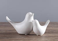 Белые керамические статуэтки Пара голубей