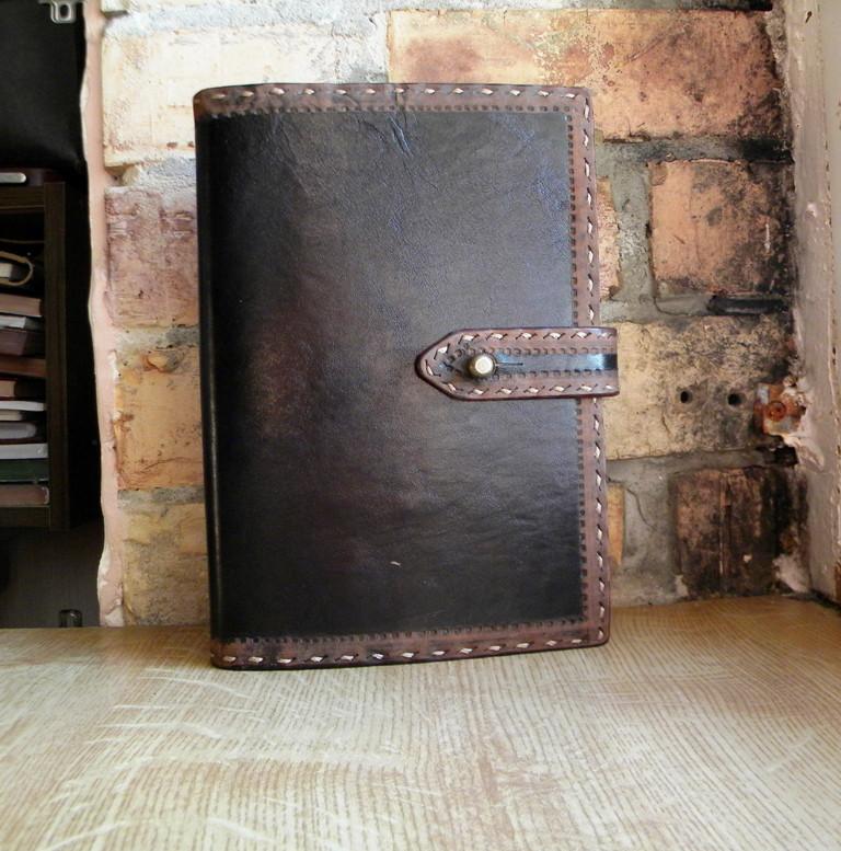 Обложка блокнота скетчбука ежедневника в коже ручная работа подарок