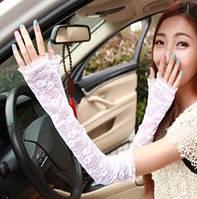 Перчатки кружевные белые длинные