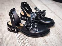 Женские летние туфли с бантом , из натуральной кожи черного цвета