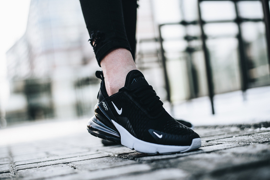 e7454731 Купить Оригинальные женские кроссовки Nike Air Max 270 в Днепре от ...
