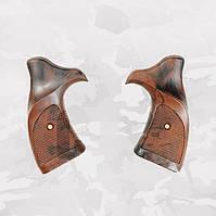Накладки для револьверов Ekol,Stalker(пластик)