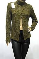 Жіночий светр гольф гірчичного кольору
