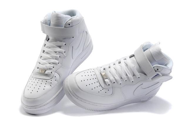 b90f8e5f Зимние кроссовки Nike Air Force с мехом белые высокие - Stylemall Торговый  Центр в Киеве
