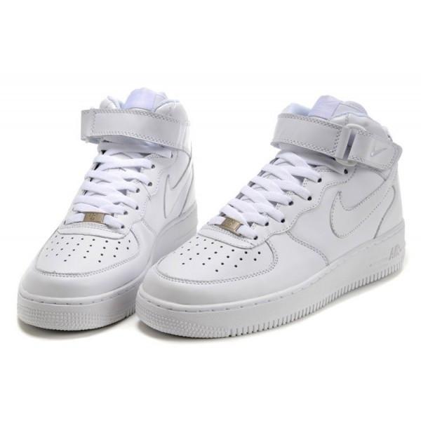 Зимние кроссовки Nike Air Force с мехом белые высокие  продажа, цена ... 44b24caaf1e