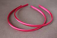 Обруч для волос (ободок) пластмассовыйв атласе 8 мм малинового, ярко-розового цвета