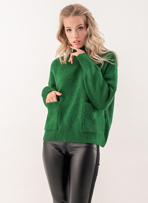 Женский свитер с карманами зеленого цвета. Модель 19095