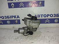 Бачок тормозной жидкости  с цилиндром Volkswagen Caddy 04-09 Фольксваген Кадди Кадді