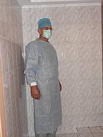Халат хирургический ламинированный (140 см), стерильный, одноразовый, пл. 40 г/кв.м.