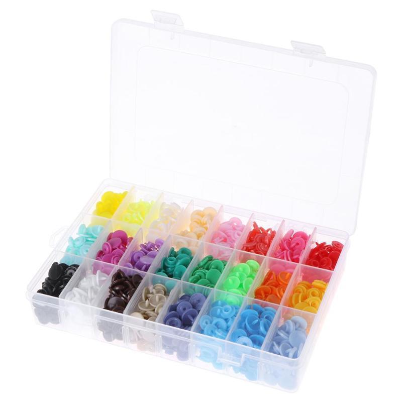 b594304dd0042 Набор разноцветных пластиковых кнопок (360 шт.) в коробке: продажа ...