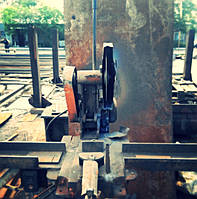 Порезка металла на труборезе