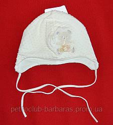 """Нарядная шапка для девочки """"Атласный мишка"""" крем (Marika, Польша)"""