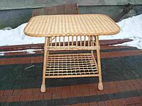 Квадратный плетеный столик из лозы