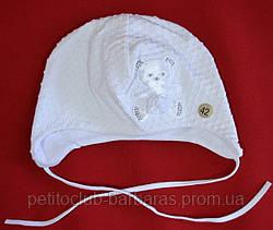 """Нарядная шапка для девочки """"Атласный мишка"""" белая (Marika, Польша)"""
