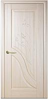 Двери межкомнатные Амата Глухое с гравировкой ясень