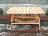 Большой плетеный стол из лозы