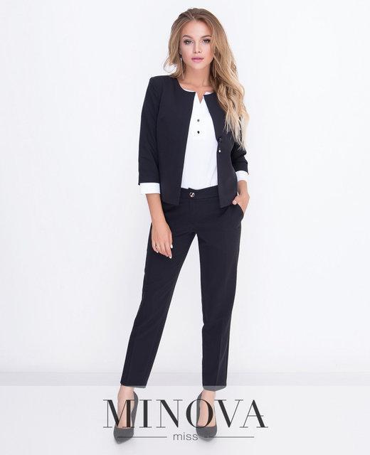 Строгий женский костюм пиджак и брюки от ТМ Минова.  42-48