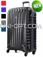 Средний пластиковый чемодан Roncato Uno Zip на 4 колесах