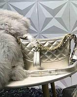 Модный и стильный клатч Chanel Шанель эко-кожа дорогой Китай цвет золотой