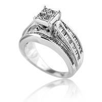 широкое кольцо из белого золота с бриллиантами