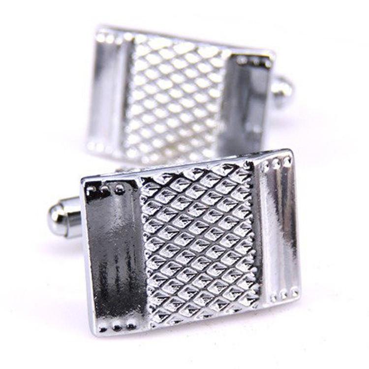 Запонки Щит прямоугольный металлический серебристый. Красиво блестит на солнце