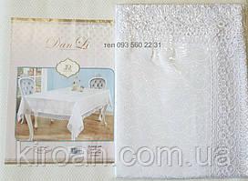 Белая тканевая скатерть,жаккардовая с кружевом 120х150 (код-678801)