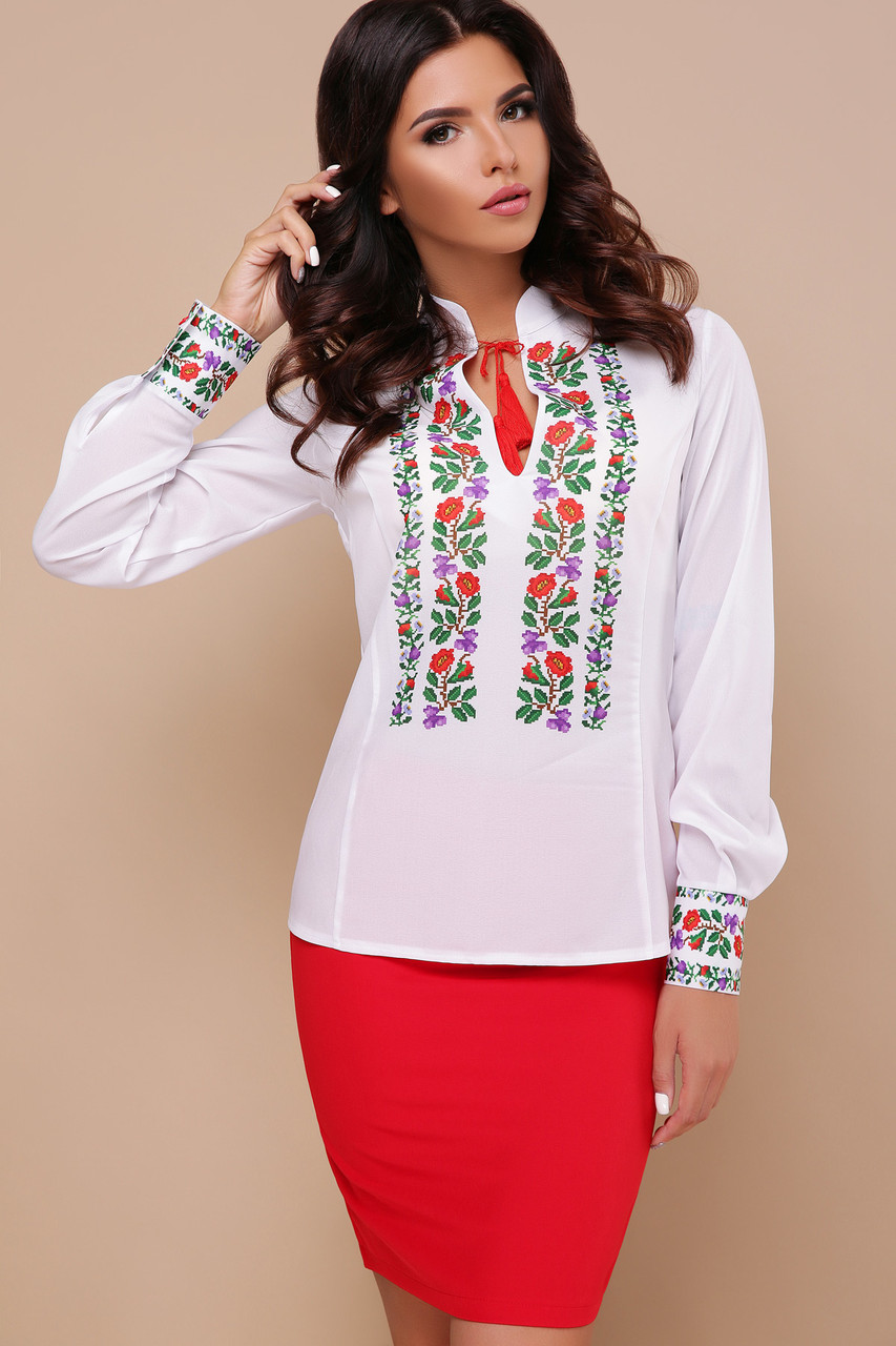Женская белая блузка с цветами Вышиванка Ярослава д/р