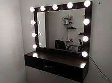 Дзеркало з поличкою для роботи в салоні