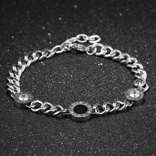 Жіночі браслети зі сталі