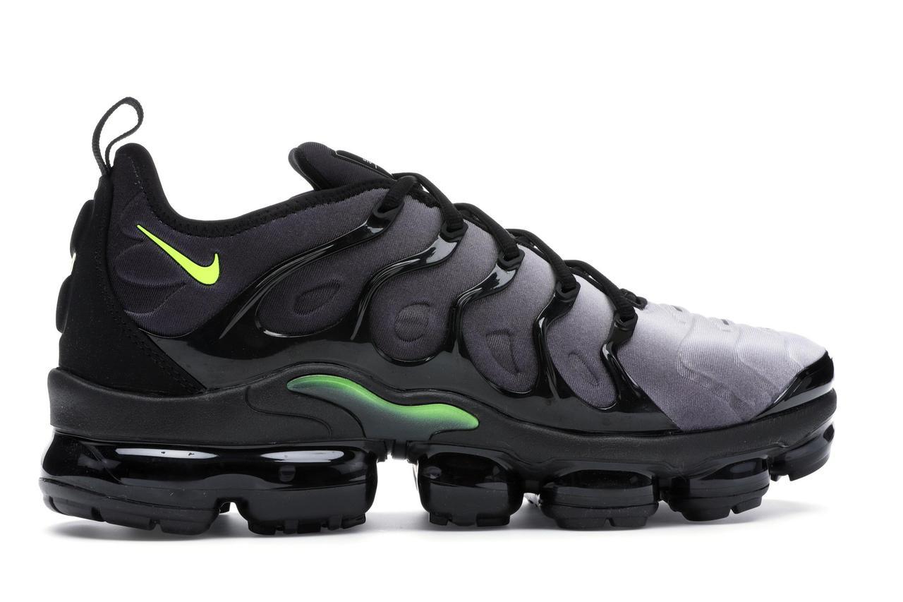 """Кроссовки Nike Air VaporMax Plus """"Black Volt"""" (Черные)"""