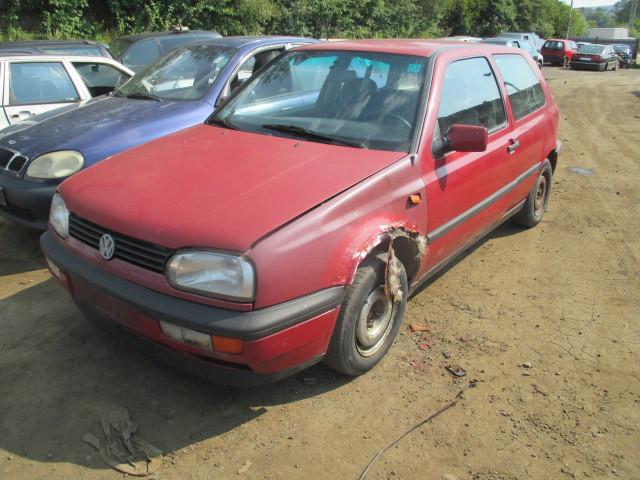 Авто под разборку Volkswagen Golf III 1.8