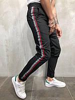 Мужские брюки с лампасами черные