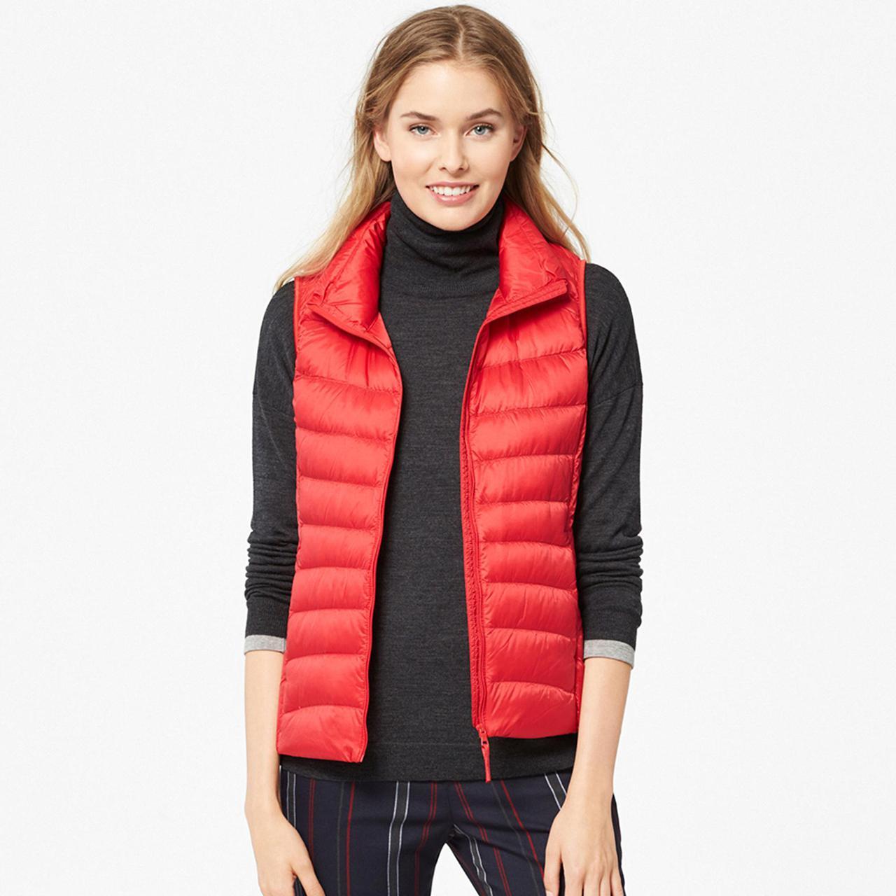Жилетка Uniqlo women ultra light down vest Red