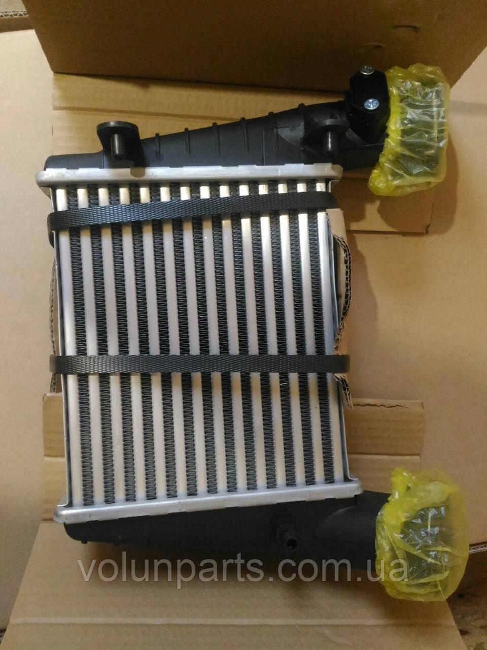 Радиатор охлаждения воздуха Passat b5/ skoda Superb 1.8T