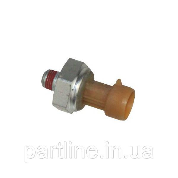 Датчик давления масла (двиг. DETROIT) МТЗ-2522, 2822, 3022 (пр-во США), арт. 1807369C2