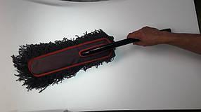 Щетка от пыли с деревянной ручкой