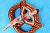 Пляжный Надувной Матрас для Плавания и Отдыха Крендель 150 х 140 см Круг в Виде Бублика, фото 7
