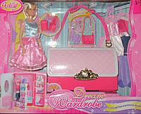 Кукла с платьями и шкафом-сумочкой