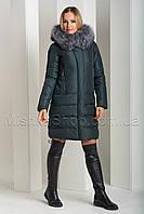 Красивый пуховик из матовой ткани с натуральным мехом чернобурки Peercat 18-775 изумрудного цвета, фото 1