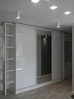 Шкаф купе на заказ c стеклами на фасаде Starke V101, фото 1