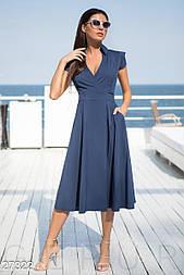 Платье с v-образным вырезом синее