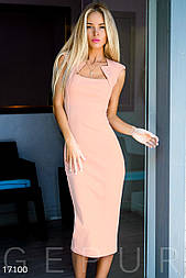 Облегающее платье-футляр розовое