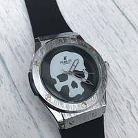 Часы наручные Hublot с Черепом