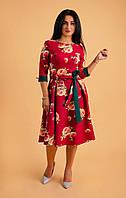 Яркое женское летнее платье с цветами