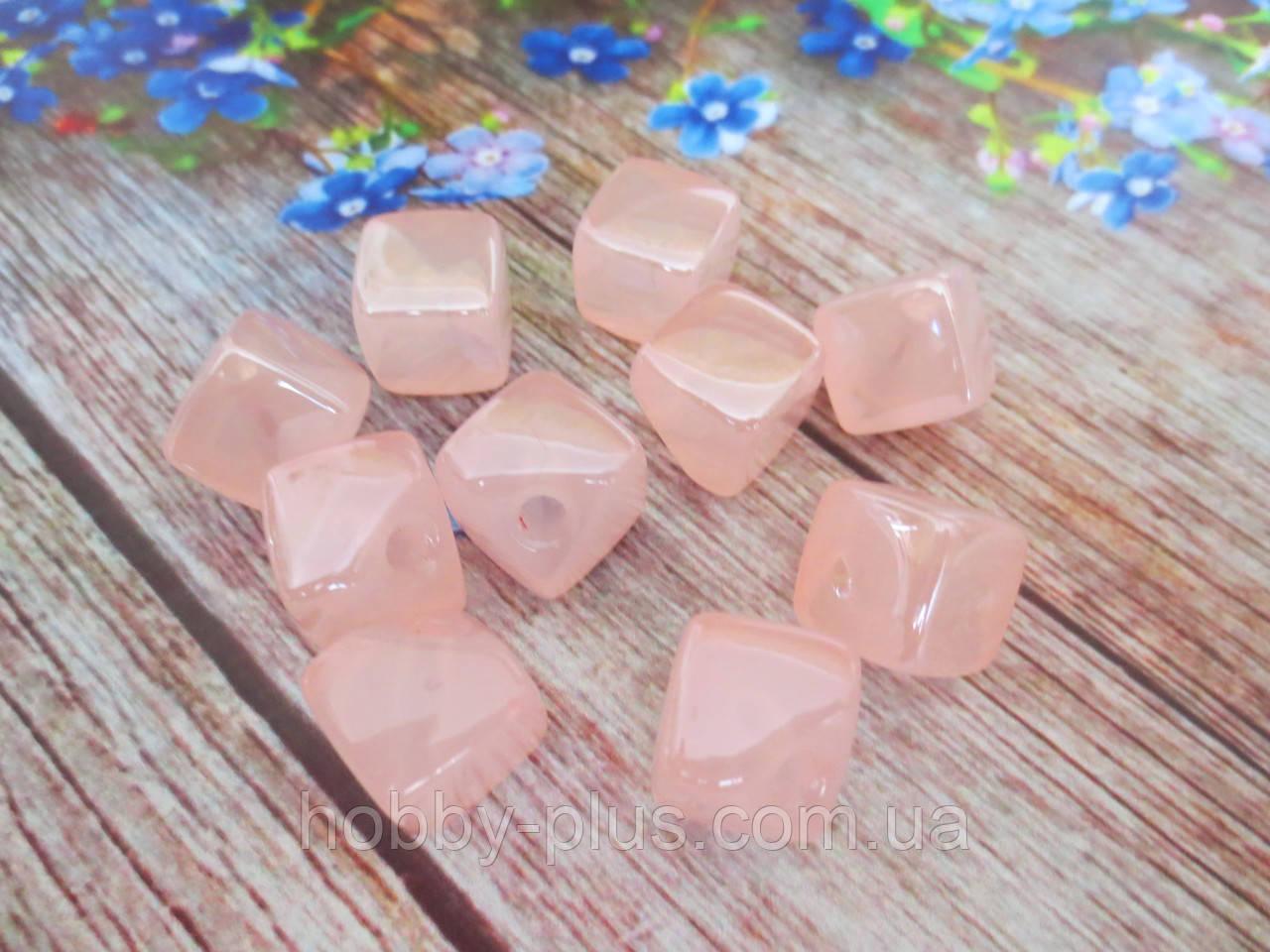 Пластиковые камни-висюльки, квадрат перламутровый, цвет светло-розовый пастельный, 12 мм, 1 шт