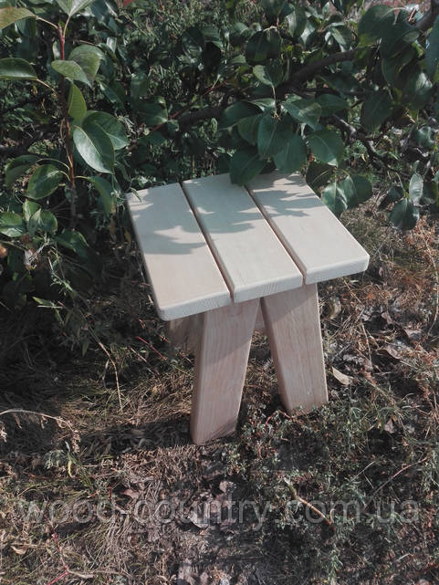 Табурет деревянный липа маленький