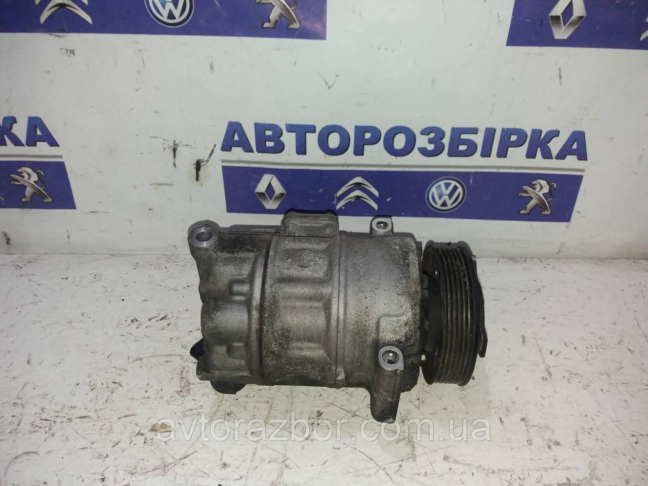 Компрессор кондиционера кондиціонера Volkswagen Caddy 04-09 Фольксваген Кадди Кадді